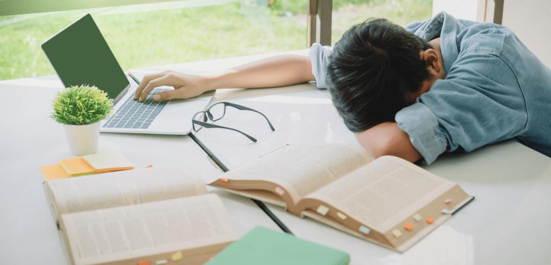6 نشانه ضعفِ درک مطلب در کودکان و نوجوانان